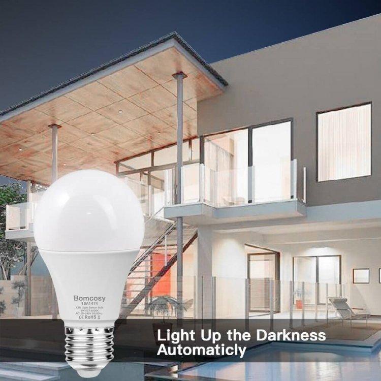 Bomcosy Lampadina LED Sensore 9W E27 Lampadine Opinioni, Prezzo, Recensione