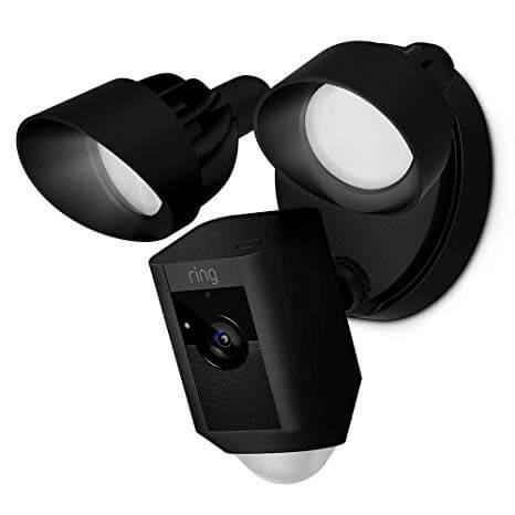 Ring Floodlight Cam: Videocamera di sicurezza HD: Offerte, Opinioni, Recensione